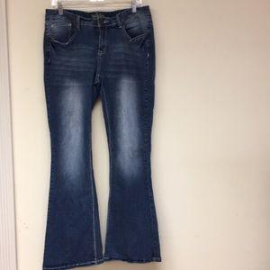 Reign Jeans Size 14